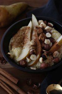 Birne-Hirse-Porridge